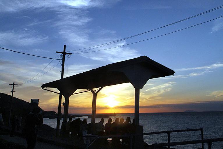 JR下灘駅の夕景