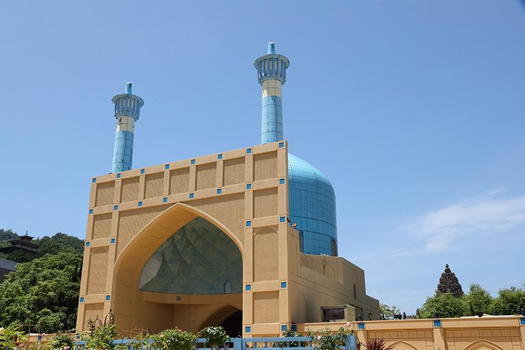 オリエンタル様式で造られたモスク