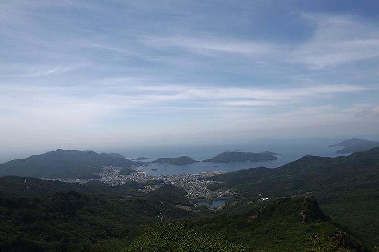 青い瀬戸内海が眺望できる