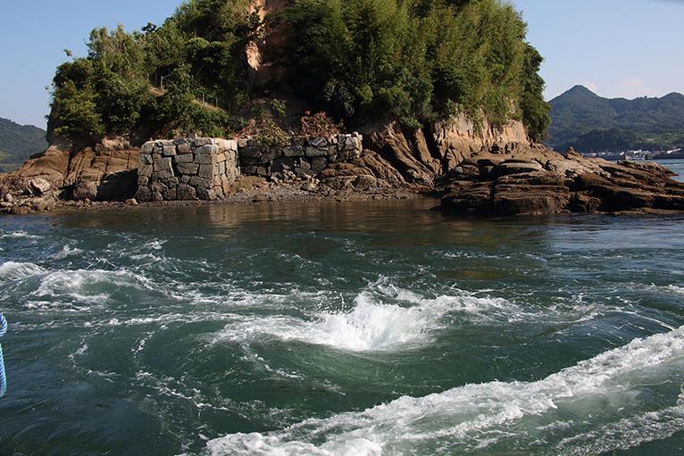 急流や渦潮が見える宮窪の潮流体験