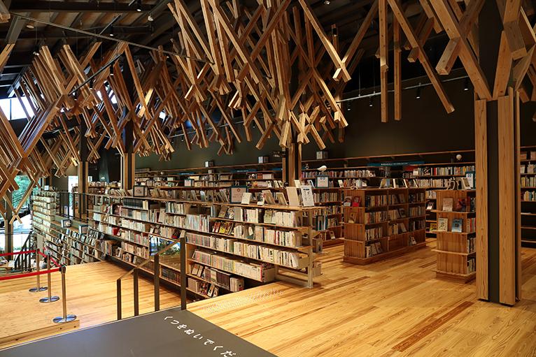 2階一般図書フロアー